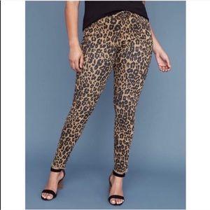 Plus // Leopard Print Super Stretch Skinny Jeans